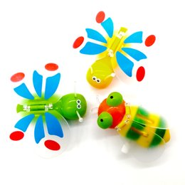 Wholesale Children Kids Classic Gifts Plastic Bee Shape Wind Up Toys Popular Funny Lovely Delicate Clockwork Toys Color send random