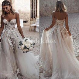 $enCountryForm.capitalKeyWord Australia - 2019 Bohemain Arabric Wedding Dresses Sweetheart Appliques Sweep Train Backless Country Style Beach Bridal Gowns Plus Size Vestidoe De Noiva
