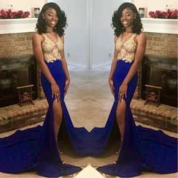 $enCountryForm.capitalKeyWord NZ - 2019 African Split Side Mermaid Prom Dresses Gold Applique Top With Royal Blue Plus Size Pageant Evening Gowns