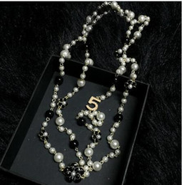 d32f0d9477c8 35 estilos de Doble Capa Doble Perlas Simuladas Collares Clavícula Joyería  de Moda Suéter Cadena Collar Collier Para Mujeres R5