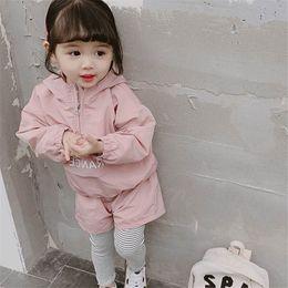 $enCountryForm.capitalKeyWord Australia - Fashion girls tracksuit kids tracksuit new 2019 kids designer clothes girls casual suits sweat suit hoodies+skinny pants trousers 2pcs A7119