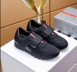 Venta al por mayor de Nuevo estilo de diseñador italiano de moda para hombre zapatos casuales Cloudbust calzado deportivo de cuero y tela de alta calidad38-45 m1869010
