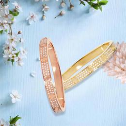 $enCountryForm.capitalKeyWord Australia - 18K rose gold lovers luxury designer Titanium steel Bracelets Bangles full diamond Womens men bangle fashion Jewelry
