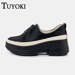 $enCountryForm.capitalKeyWord Australia - Tuyoki Real Leather Sport Shoes For Women Walking Shoes Bling Platform Trainers Leisure Mature Daily Outdoor Size 34-39