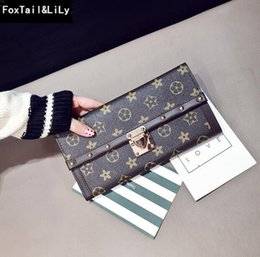 Multi Color Hand Bag Australia - 2020 Factory direct selling women bag classic printing long wallet elegant impact color leather hand purse fashion rivet multi card 2019