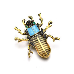 $enCountryForm.capitalKeyWord Australia - Vintage Design Gold Color Brooches for Women Dress Scarf Insect Brooch Green Enamel Pin Jewelry Accessories b485