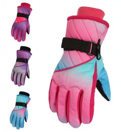 $enCountryForm.capitalKeyWord Australia - Students Kids Cold Weather Thicken Waterproof Colorful Print Ski Gloves 6 Colors Outdoor Snow Warm Gloves For Children Christmas Gift H913R