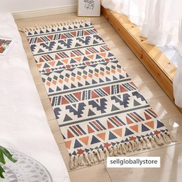 cotton floor mats UK - Nordic style cotton linen floor mat bedroom door mat bedside floor mat handmade cotton linen carpet geometric tassel blanket