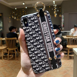 Wholesale Fashion Brand Phone Case for iPhoneXSMAX XS XR X 7Plus 8Plus 7 8 6p 6sp 6 6s Designer Protective Luxury Back Cover 2 Styles from hot stocking fashion suppliers