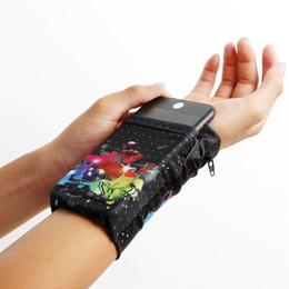 Vente en gros Double côté poignet portefeuille pochette porte-cartes poche bracelet bande de sueur téléphone bras bande sac support de poignet voyage multifonctionnel # 302397