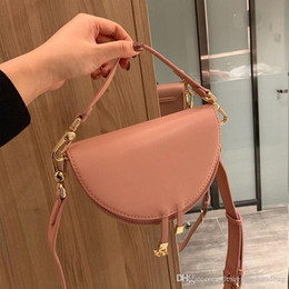 heart box clutch Australia - 2020 new designer luxury women's bags girls heart bursting most popular handbags fashion personality bag come with box