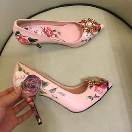 $enCountryForm.capitalKeyWord Australia - Sexy elegant point toe stiletto high heel women pumps prom party shoes printing leather rose flowers decoration wedding shoes big size