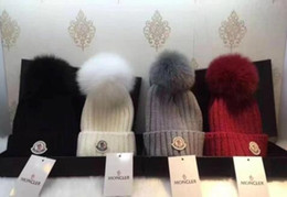 2019 men beanie Hot Luxurys Winter brand M0NCLER Fashion Designers Bonnet women Casual knitting hip hop hat on Sale