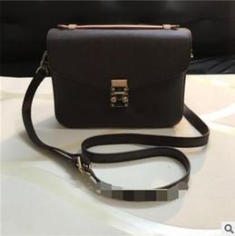 Crossbody baCkpaCk handbag online shopping - 2019 Hot Sale Fashion Vintage Handbags Women bags Designer Handbags Wallets for Women Leather Chain Bag Crossbody and Shoulder Bags