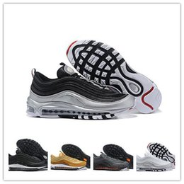 Silver Black Red Australia - Cheap 97 QS Metallic Pack Running Shoes for Mens Sneakers Designer Men 97s Trainers Silver Gold Black White Gym Red Sports Shoes
