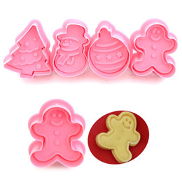 Discount cookie stamp diy 4pcs set Christmas Cookie Cutters Stamp Mold Plastic 3D Cake Biscuit Plunger Mould DIY Pastry Baking Tools cortador de g