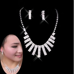 $enCountryForm.capitalKeyWord Australia - 20 Sets lot,Elegant wedding Necklace Earring 3 pcs suit Made with Austrian Brand Crystal Glittering not fade Bridal lover party Crystal sets