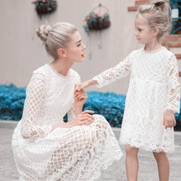 $enCountryForm.capitalKeyWord Australia - Family Matching Clothes Mama Mommy And Me Dress Set Mum And Daughter Clothes Girl Vestidos Floral Lace Evening White Tutu Dress J190517
