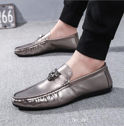 $enCountryForm.capitalKeyWord NZ - Best-selling new men 2019 casual beans shoes men lazy driving shoes flat and breathable men's shoes.