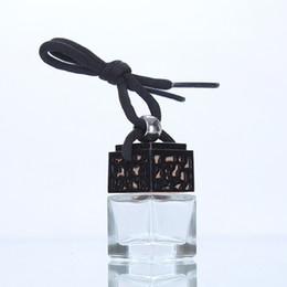Empty watEr bottlEs online shopping - 5ml car perfume pendant glass bottle car pendant aromatherapy water cube in empty bottles Car Air Freshener EEA79