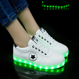 $enCountryForm.capitalKeyWord NZ - Size 27-40 Fashion Good Children LED Glowing Luminous Sneakers With Light Up Shoes for Kids Boys Girls Baskets LED Slippers 36