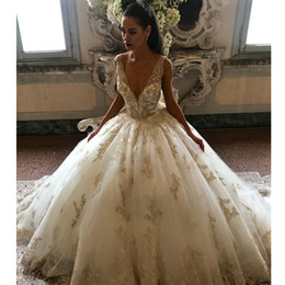 $enCountryForm.capitalKeyWord NZ - Modest Puffy Wedding Dresses 2019 Gold Lace Appliques V Neck Tulle Skirt Vestidos de Noiva Wedding Gown Plus Size Bridal Dress