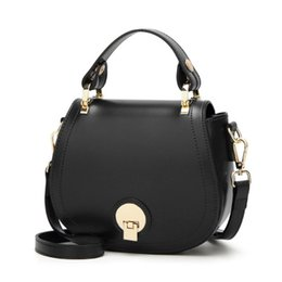 Fur Rabbit Heart UK - Europe And America Brand B1075 Women's Handbag Fashion Women Messenger Bag Rivet Single Shoulder Bag High Quality Female Bag204