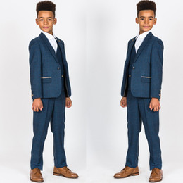 $enCountryForm.capitalKeyWord Australia - Handsome Tweed 3 Pieces Boy's Formal Wear Suit Kids Wedding Kids Slim Fit Tuxedos For Party Prom