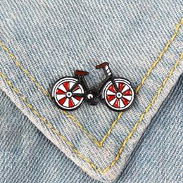 $enCountryForm.capitalKeyWord Australia - Red Bicycle Pin Bike Brooch Cool Vintage Style Cyclists Badges Sports Lapel pins Biking Jewelry Biker Gift