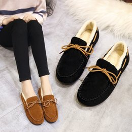 korean winter fashion boots Canada - A pedal 2019 new Korean version of the wild fur shoes winter peas shoes women plus velvet flat with warm boots