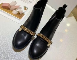 $enCountryForm.capitalKeyWord NZ - High-quality 2019 spring fall Designer Luxury Fashion womens black Burgundy real leather GOLD Chains Buckle Strap FLAT heels ankle BOOTS