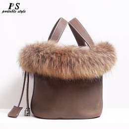 fox ladies handbags Australia - Real Fox Fur Hair Hand Bag Famous Brand Designer Women Tote Bag Natural Genuine Leather Ladies Handbag Picotin Lock Bucket Bag SH190920
