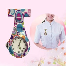 $enCountryForm.capitalKeyWord Australia - Fashion Colorful Silicone Round Dial Quartz Pocket Nurse Watch Quartz Brooch Doctor Nurse Hanging Watches GM