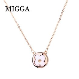 Clover Chain Wholesale Australia - MIGGA Exquisite Small Natural Shell Clover Necklace Chain Rose Gold Color Round Pendant Necklace for Women