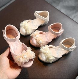 pearl flower girl shoes UK - Hot Summer Style Sandals Children Casual Shoes Toddler Kids Girls Beach Sandals Cute Pearl Lace Flower Girls Princess Shoes