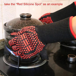 High Heat Coating Australia - Wholesale Aramid Material Silicone Gloves Resistant High Temperature Insulated Gloves Kitchen Silicone Oven BBQ Fire Glove BH0051