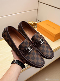 $enCountryForm.capitalKeyWord Australia - Newst High Quality Brown Printed Handmade Loafers Best Quality Men High Top Shoes Brand Luxury Tap Dance Lace-ups Man Dress Shoes