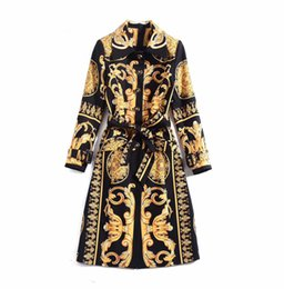 Wholesale women s trench coats for sale - Group buy European and American women s winter clothing new Long sleeve Fine button vintage print Trench coat