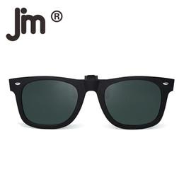 b952974ab Clipe polarizada em óculos de sol flip up espelhado óculos homens mulheres  clássico óculos de sol lente (não incluem óculos de sol)