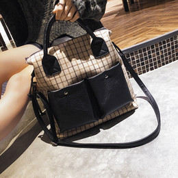 $enCountryForm.capitalKeyWord NZ - Cheap Top-Handle s New Fashion Large Capacity Tote Bag Luxury Grid Handbag Women Shoulder Bag High Quality Plaid Ladies Messenger Bag