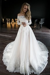 Discount scalloped sleeve off shoulder wedding dress - Lace Wedding Dresses Elegant Off the Shoulder Long Sleeve Bead Lace Applique Tulle Wedding Dress Bridal Gowns 2019 Bride