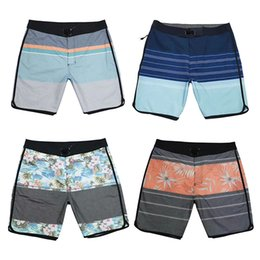 Männer Board Summer Flower Printed Lace Up Swimwear wasserdichte Quick Dry Strand Shorts Male Surf Badeshorts Mode beiläufige lose Shorts im Angebot