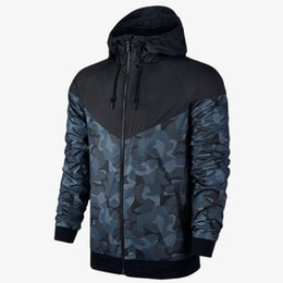 $enCountryForm.capitalKeyWord Australia - Brand Jackets for Men Designer Camouflage Windbreaker Patchwork Letter Print Yellow Black Sports Coats Running Outerwear CE98242