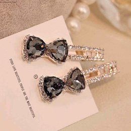 Asian Hair Clips High Quality Australia - Hair Clips Barrettes woman hairpin crystal head decoration Korean water drill duck side clip bow wholesale high quality free shipping