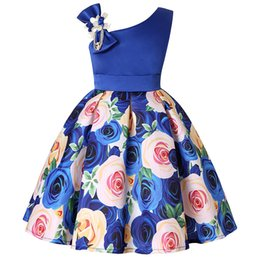 $enCountryForm.capitalKeyWord Australia - Girl Dress New Girl Dresses With Slanted Shoulders Rose Print Dress Childrens Halloween Party Costumes Kids Clothing 2019 Hot Selling