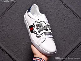 Dragon Patches Australia - 2018No.1 High Quality 1:1 Men'S Dragon lips ace whit patch SHOES MAN White Leather 'Blind For Love' Patches Ace Sneaker