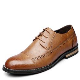 Leather Shoes Brogues Australia - 2019 New Men Dress Shoes Handmade Leather Brogue Men Leather Wedding Shoes Flats Oxfords Formal