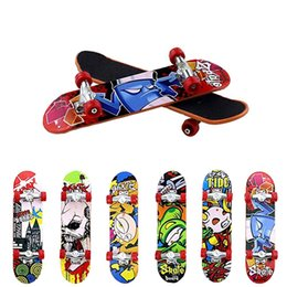 mini skateboards finger boards NZ - Plastic Mini Skate Finger Skateboarding Fingerboard Novelty Gag Toys For Boys Children Skateboard Finger Board Gifts