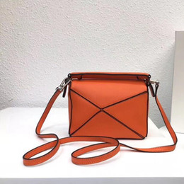 luxury designer bag leather Australia - Designer Luxury Crossbody Bags 2019 Brand Fashion Luxury Designer Bags Cross Body Bags Detachable Leather Shoulder Strap With Box