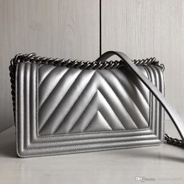 Chevron shoulder bag online shopping - Women fashion top quality Chevron classic boy Ladies calfskin Genuine Leather caviar Cross Body Messenger shoulder bags V grid casual bag
